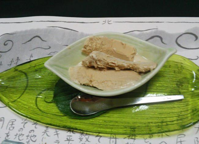 手作りアイスクリームがさりげなくておいしい