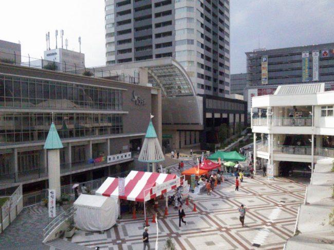 北広場 ヤマダ電機の手前